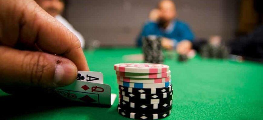 Стратегии игры в турнирный покер онлайн игровые автоматы gaminator 623